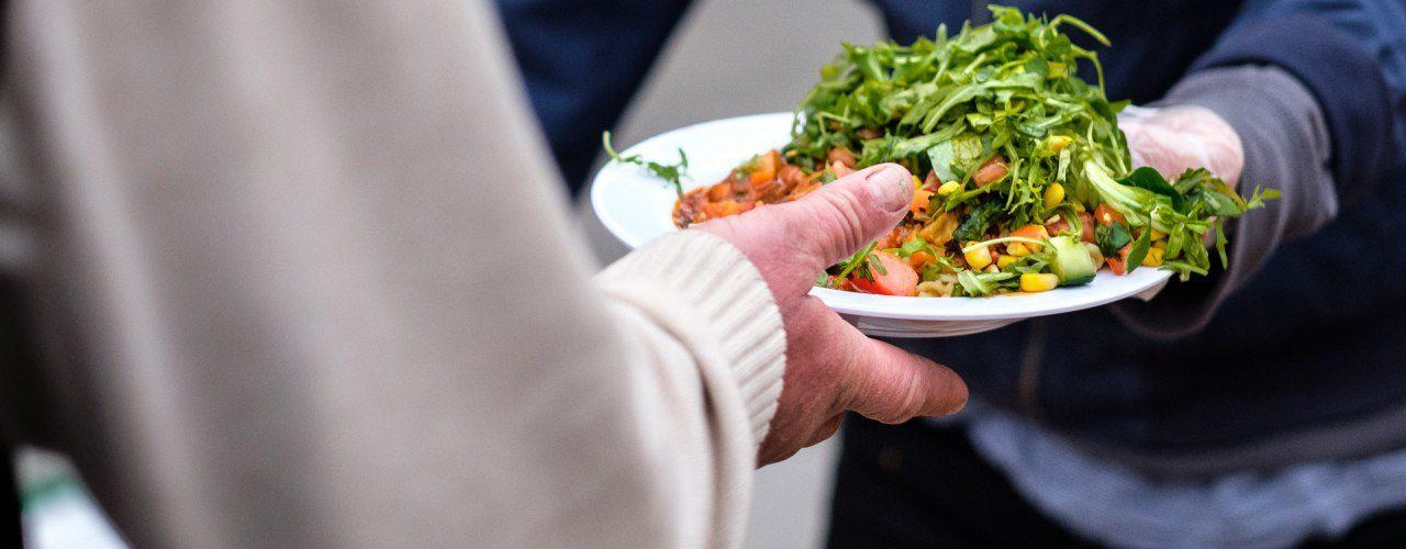 Essenausgabe Berliner Obdachlosenhilfe