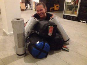 mit deiner Spende kaufen wir Schlafsäcke für obdachlose Menschen